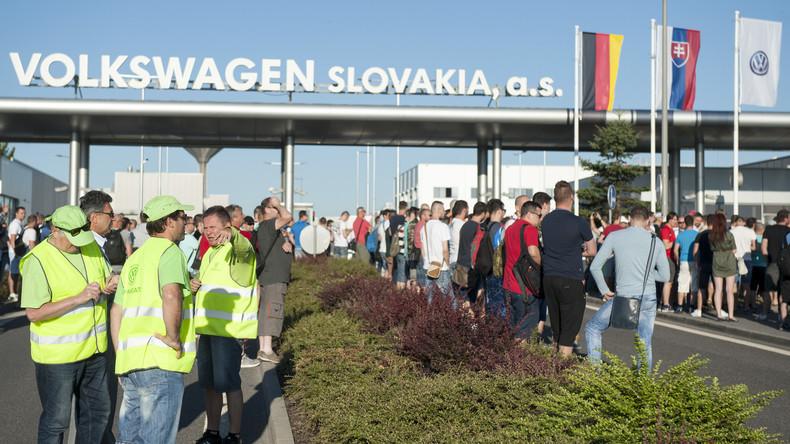 Volkswagen-Beschäftigte in der Slowakei streiken weiter