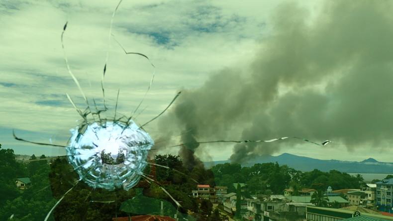 Philippinisches Militär fliegt wieder Luftangriffe gegen Islamisten