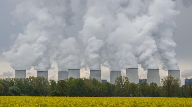 Atomkonzerne und Staat unterzeichnen Milliarden-Entsorgungspakt