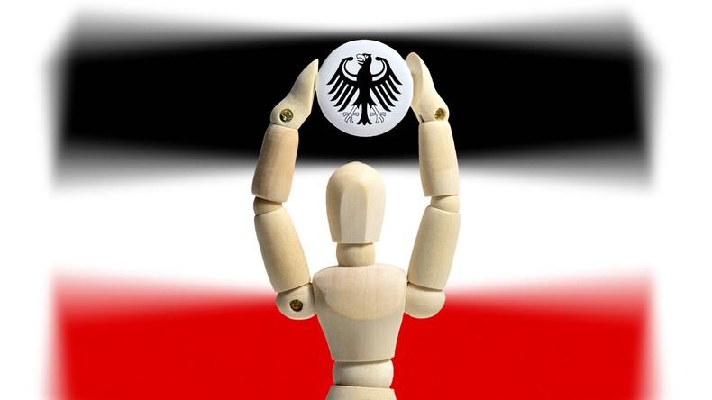 """""""Reichsbürgerin"""" nach Aktenklau in Deutschland verurteilt"""