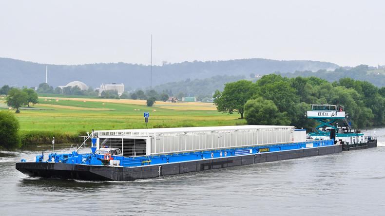 Atomkraftgegner stoppen Castor-Transport vorerst