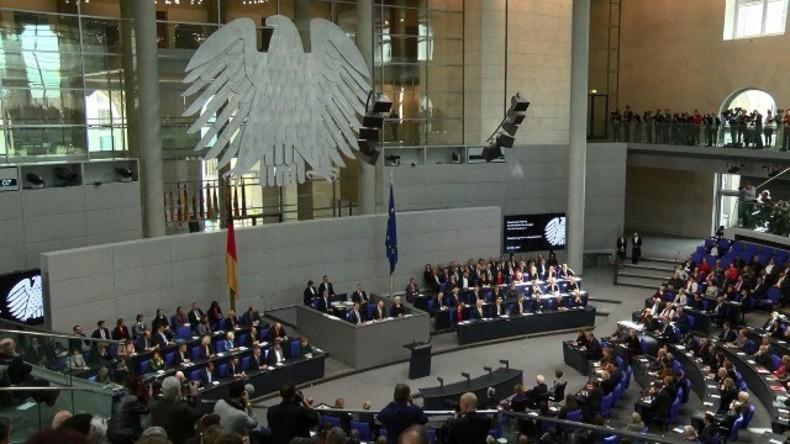 Live: Bundestag hält Plenarsitzung zum NSA-Spionageskandal
