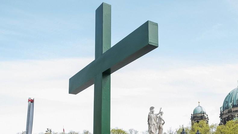 Katholische Kirche fordert Festhalten an der traditionellen Ehe