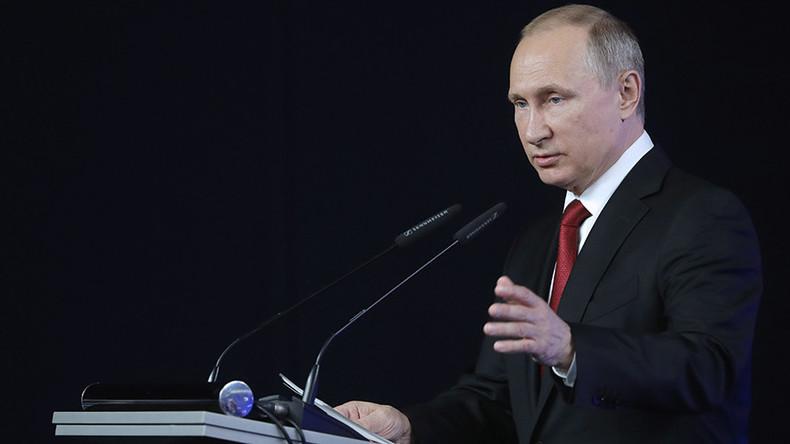 Putin: Ausländische Geheimdienste unterstützen Terroristen an den Grenzen zu Russland