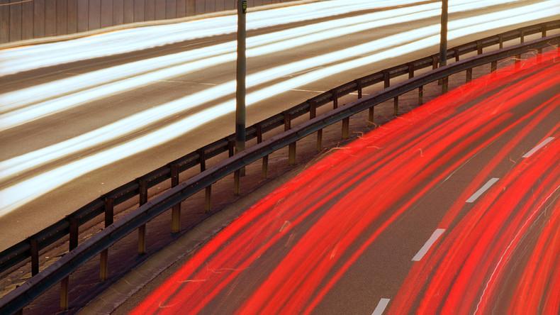 Bundestag beschließt höhere Strafen für Raser: Auto einziehen