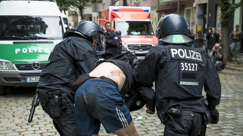 Offene Haftbefehle: Starker Anstieg politisch motivierter Kriminalität mit religiösem Bezug