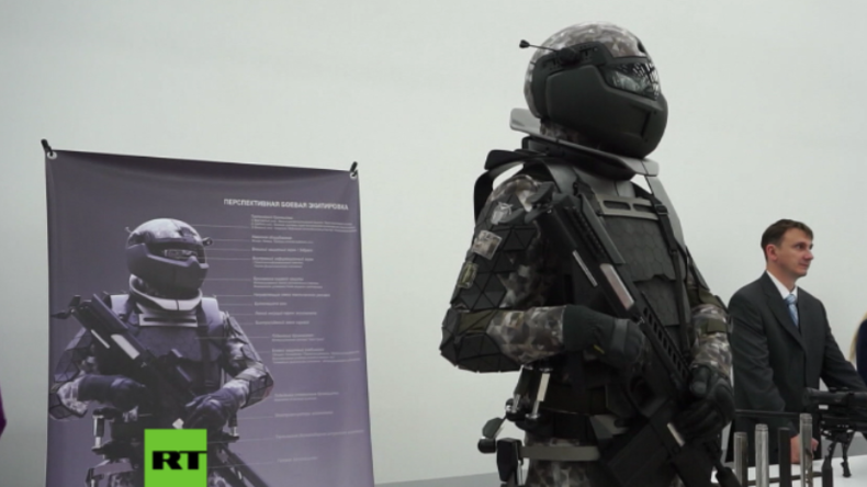 Das sind die russischen Soldaten der Zukunft: Russland präsentiert High-Tech-Kampfanzug