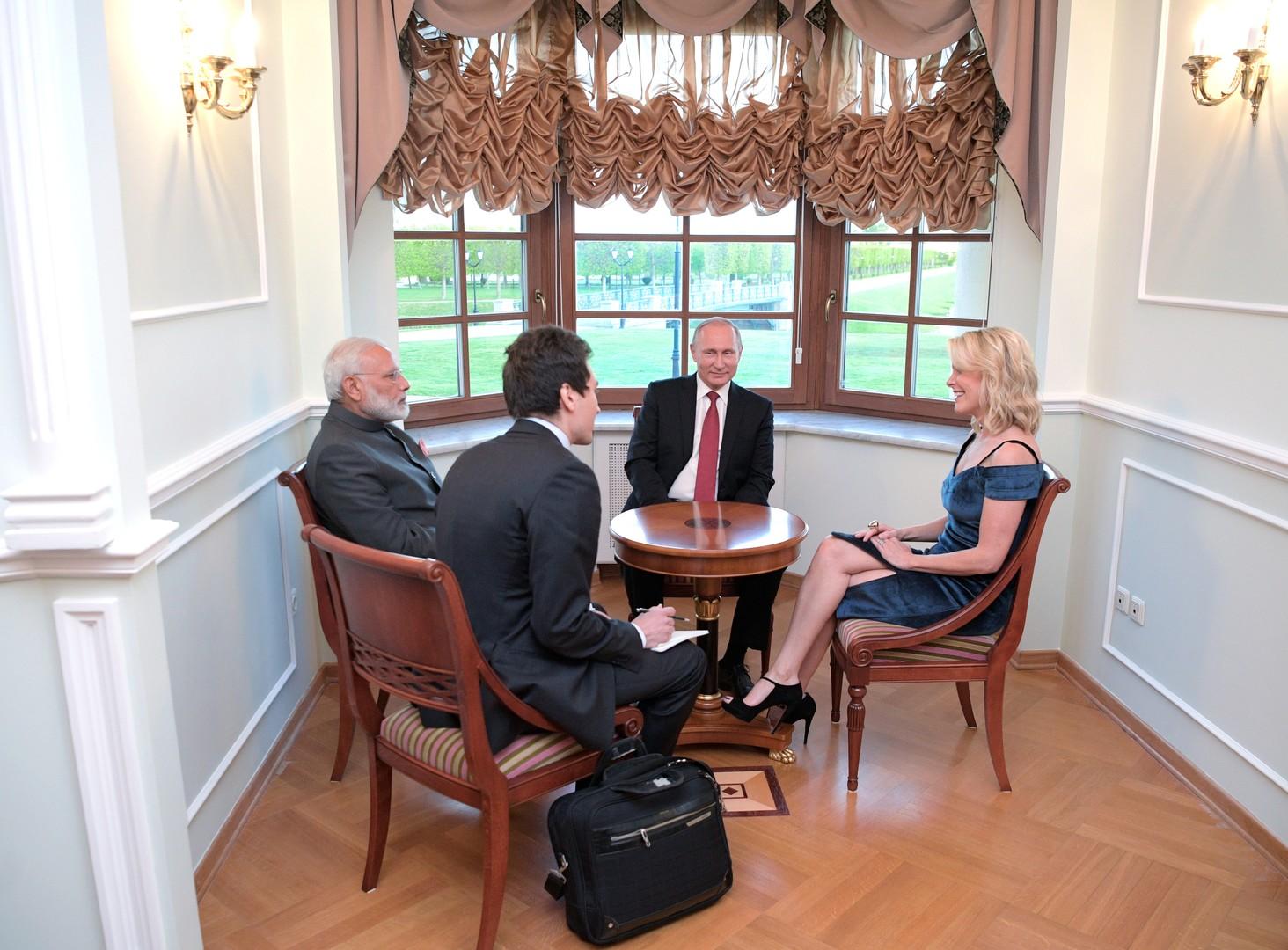 """Putin zu NBC-Journalistin Kelly: """"Ich habe viel engere Beziehungen zu Ihnen als zu Flynn"""""""