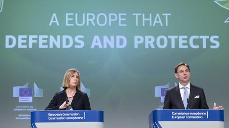 Die Hohe Vertreterin der EU für Außen- und Sicherheitspolitik, Federica Mogherini, und der Vizepräsident der EU-Kommission, Jyrki Katainen, stellten am Mittwoch in Brüssel das
