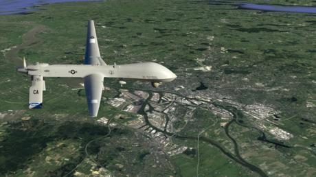 Eigentlich kaum vorstellbar: eine Predator-Drohne über Hamburg (Fotomontage)