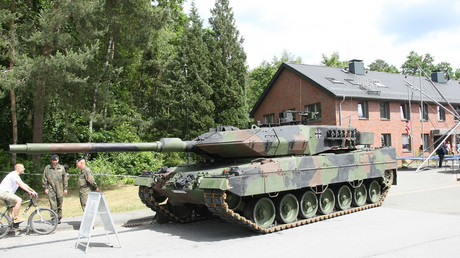 Der Kampfpanzer Leopard 2 aus deutscher Produktion.