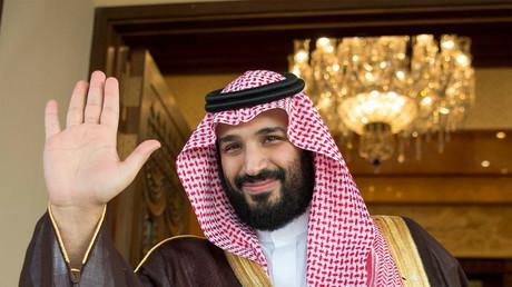 Israels Fluggesellschaft El Al könnte schon bald saudischen Luftraum nutzen. Daneben weisen noch weitere Indizien auf eine mögliche Allianz Israels mit der absoluten Monarchie in Riad hin.