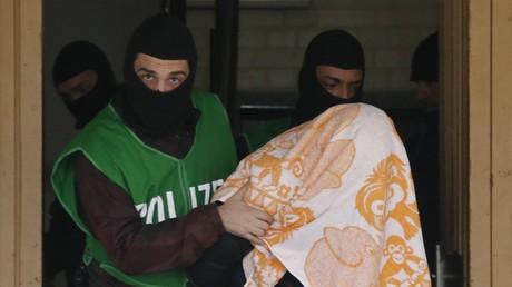 Seit 2014 haben 24 radikal-islamische Terroristen in der EU 13 Anschläge verübt. Alle 24 Täter waren ausnahmslos polizeibekannt und galten als gewaltaffin.