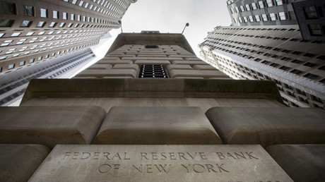 Den Stresstest der Federal Reserve haben erstmals alle großen Banken in den USA bestanden. Die Finanzwirtschaft atmet damit auf, die gesamtwirtschaftliche Entwicklung schwächelt jedoch immer noch.