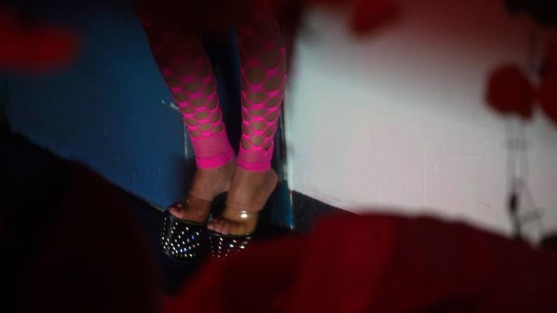 Fahnder zerschlagen Prostitutionsring - Touristen im Visier