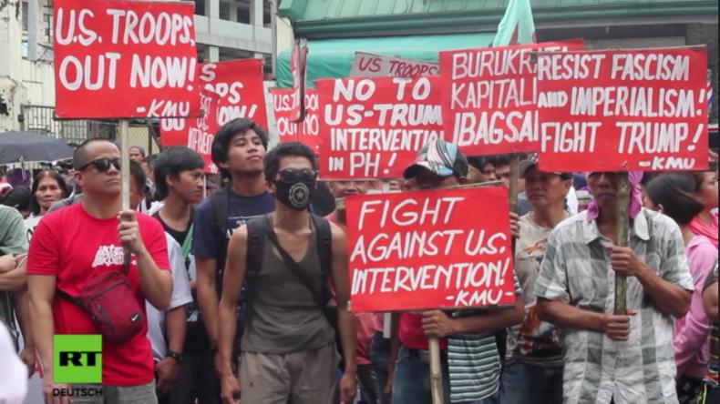 """""""US-Truppen raus!"""" - Philippinen ziehen gegen US-Präsenz und Einmischung auf die Straße"""