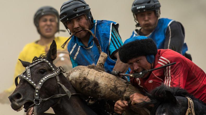 Fast wie zu guten alten Zeiten: Traditionelle Reitspiele in Russlands Republik Altai