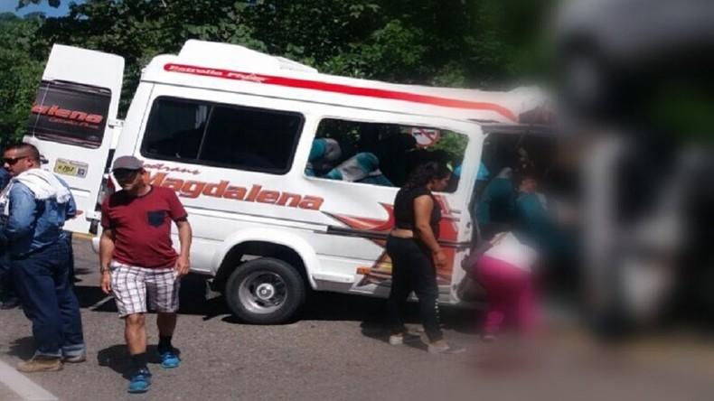 Elf Menschen sterben bei Busunfall in Kolumbien