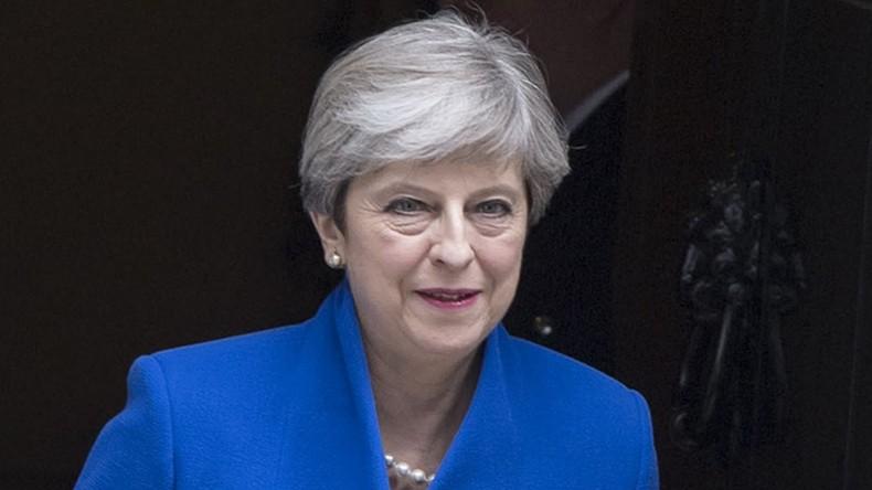 Theresa May hält Bericht über Terrorfinanzierung zurück, um saudische Verbündete zu schützen