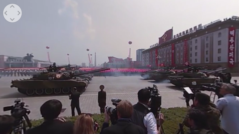 Nordkoreas Militärstärke im 360-Grad-Video: Größte Militärparade in Pjöngjang