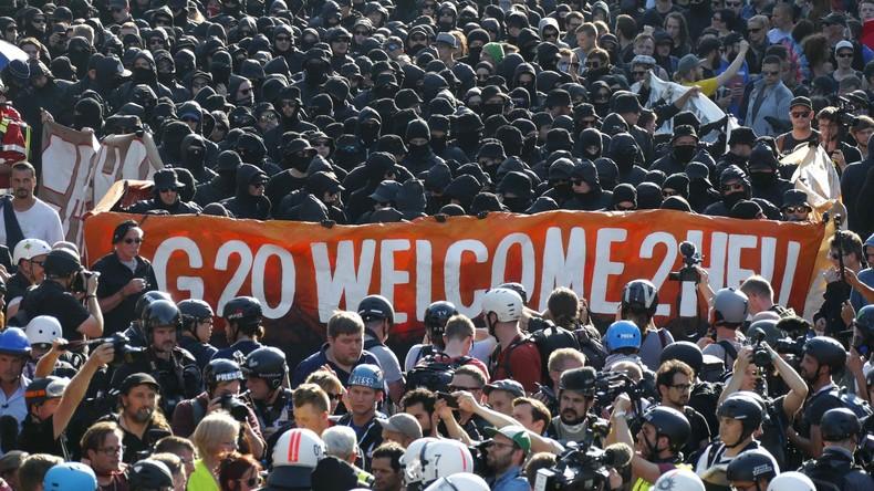 Polizei kontrolliert Handy-Identifikationsnummern von Anti-G20-Demonstranten