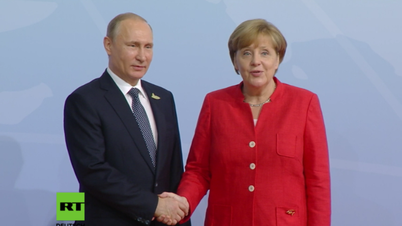 Merkel begrüßt Putin zu G20-Gipfel - Angeblich auch Zusammenstöße an seinem Hotel