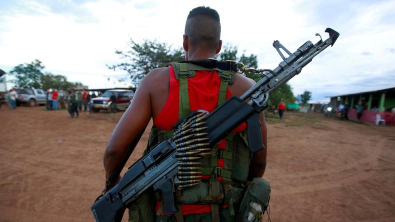 Nach Waffenübergabe - Munition der kolumbianischen Farc-Guerilla wird zerstört