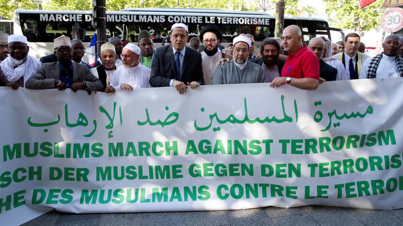 Eine Gruppe Imame startet Bustour durch Europa als Zeichen gegen Terrorismus