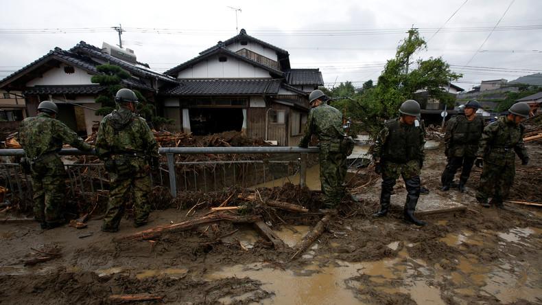 Hochwasser in Japan reißt mindestens 18 Menschen in den Tod