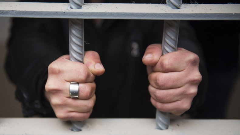 Guyana:  Häftlinge meutern und legen Feuer in Gefängnis