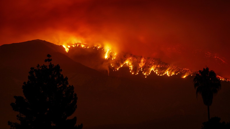 Waldbrände verwüsten Teile Kaliforniens