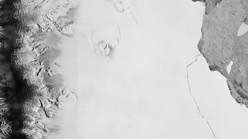 Gigantischer Eisberg treibt in der Antarktis - Eine Billion Tonnen an Masse