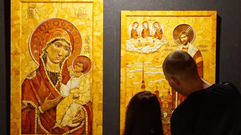 Kunst aus Bernstein: Aleksandr Krylows Ausstellung in Kaliningrader Bernsteinmuseum eröffnet