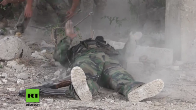 Syrien: Russische Journalisten filmen grausame Realität auf dem Schlachtfeld im Krieg