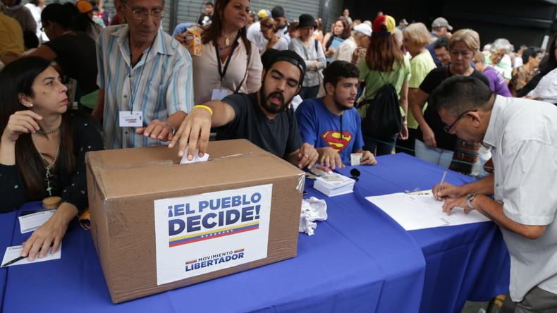 Ein Drittel der Venezolaner beteiligt sich an Plebiszit gegen Maduro