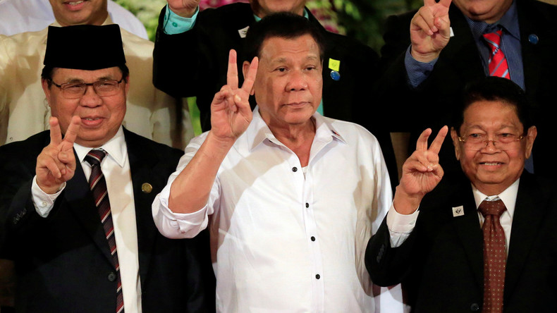 Präsident Duterte hält an der Schaffung einer muslimischen Autonomieregion auf Philippinen fest
