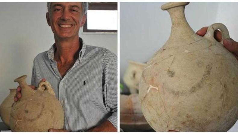 Archäologen graben ältesten Smiley in der Türkei aus