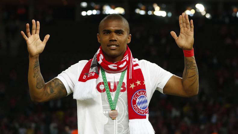 Bayern-Spieler lässt sich Tattoo auf  Russisch stechen