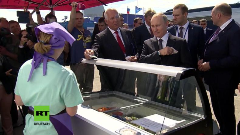 Putin schmeißt ne Runde Eis und zwingt Kollegen, Trinkgeld springen zu lassen