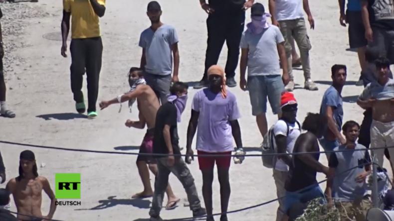 Griechenland: Mit Steinen gegen die Polizei -  Wieder Ärger im berüchtigten Flüchtlingslager Moria