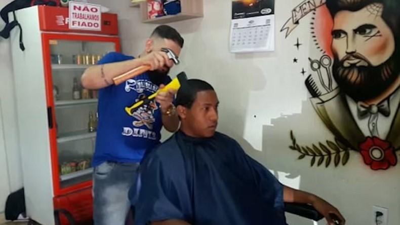 Trust me if you can: Brasilianischer Friseur macht Kunden schön mit Axt und Hammer [Video]