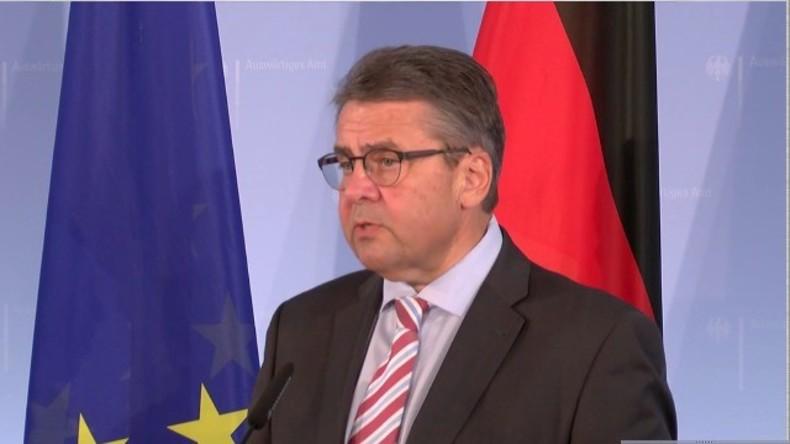 Live: Außenminister Sigmar Gabriel zur Situation in der Türkei