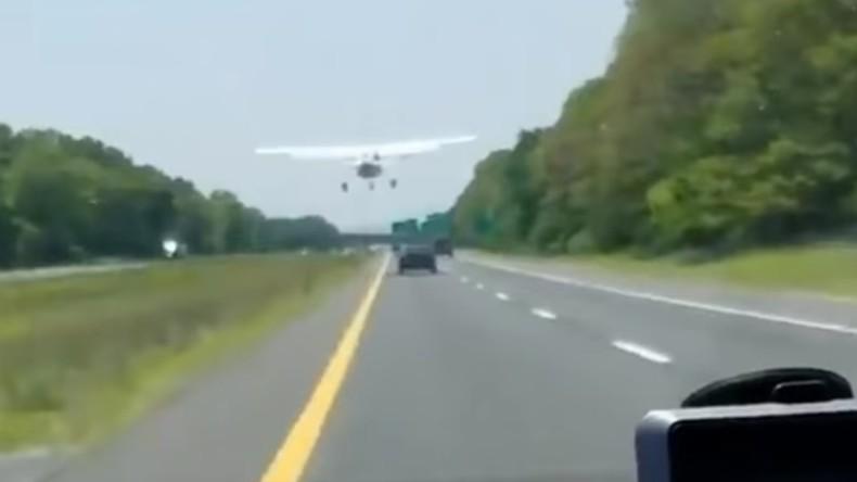 Flugzeug auf Autobahn auf Long Island notgelandet [Video]