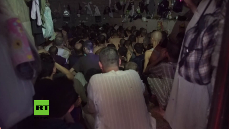 Gefängnis in Mossul: Angebliche IS-Anhänger wie Tiere eingepfercht