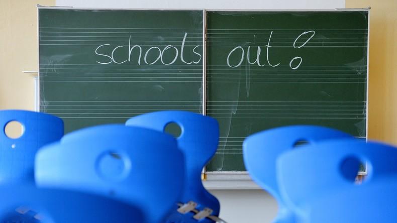 Schüler flieht ins Ausland wegen schlechter Noten