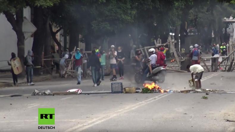 Venezuela: Zusammenstöße zwischen Demonstranten und Polizei