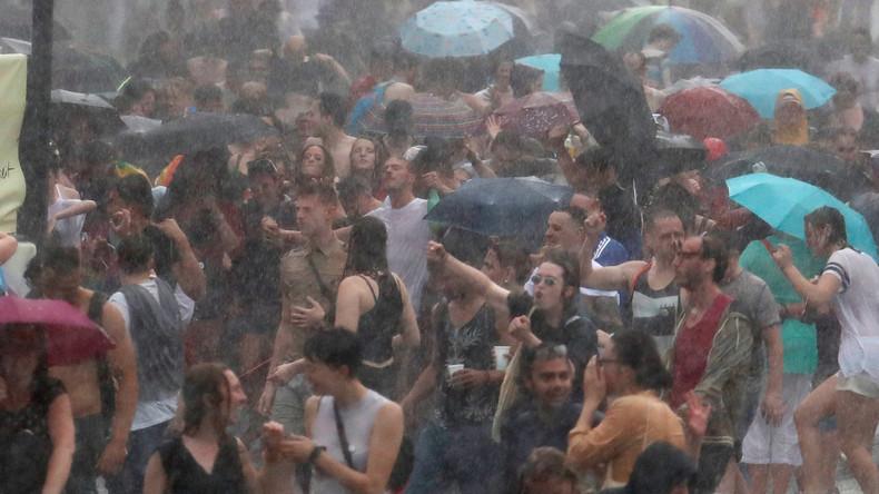 Der Sommer säuft ab: Ausnahmezustand in Berlin - und jetzt kommt auch noch Herbstwetter