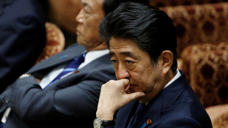 Japans Premier Abe wegen Vetternwirtschaft im Visier