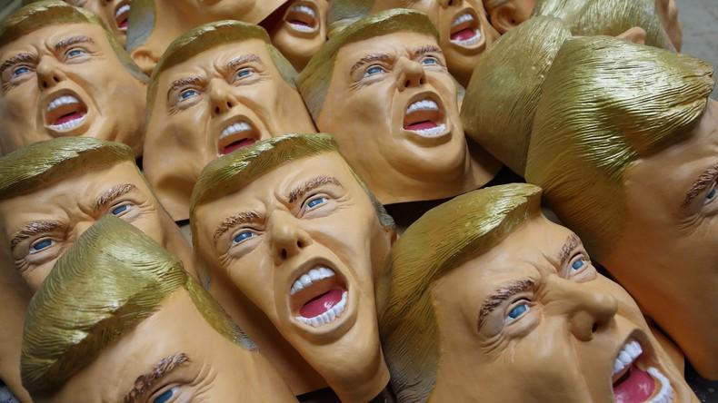 Italienische Polizei nimmt zwei Geldautomaten-Räuber in Trump-Gummimasken fest [VIDEO]