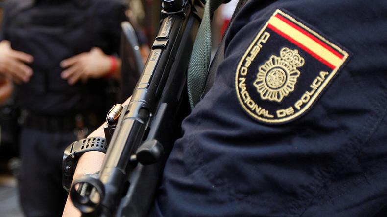 Spanien: Mann greift Polizeibeamte mit Messer an